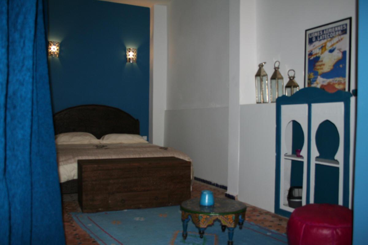decoration chambre bleue. Black Bedroom Furniture Sets. Home Design Ideas