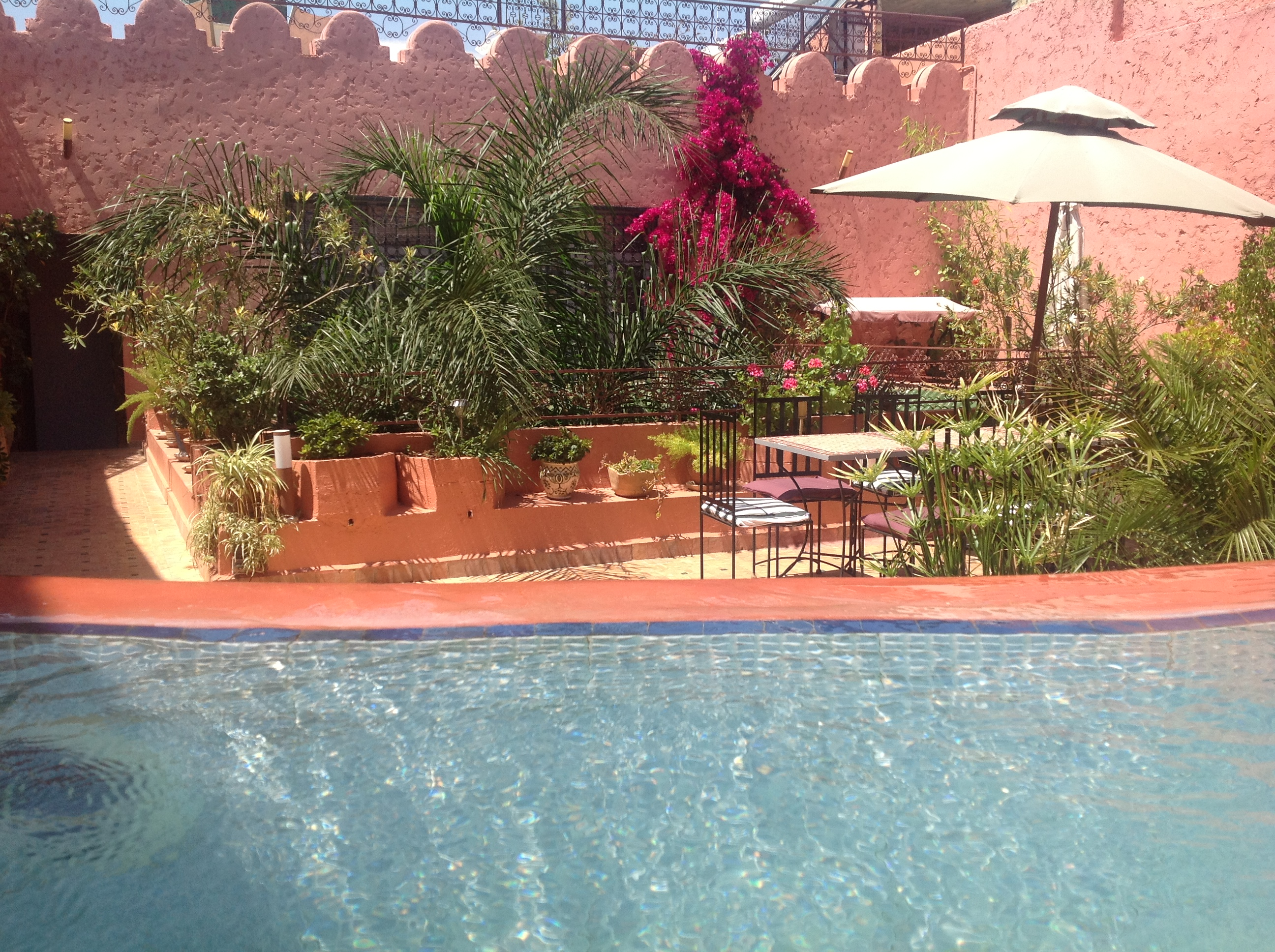Riad meknes chambres d 39 h tes maroc riad el ma visite for Piscine demontable maroc